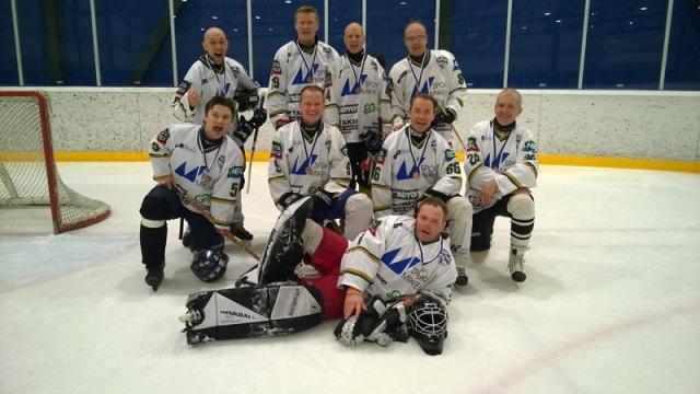 Mikkelin opettajien SMpronssijoukkue -15